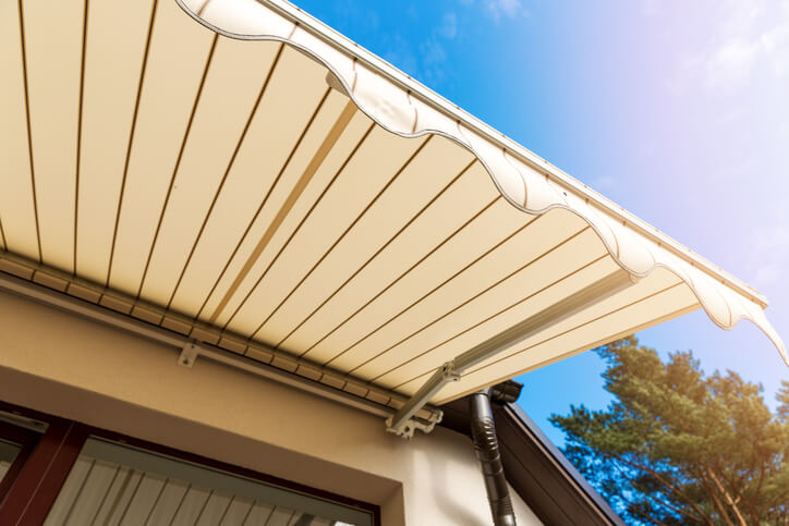 Protect Your Awnings From Bird Effective Bird Repellent